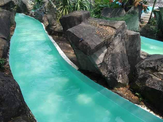 Taman Wisata Mekarsari Bogor Sungai