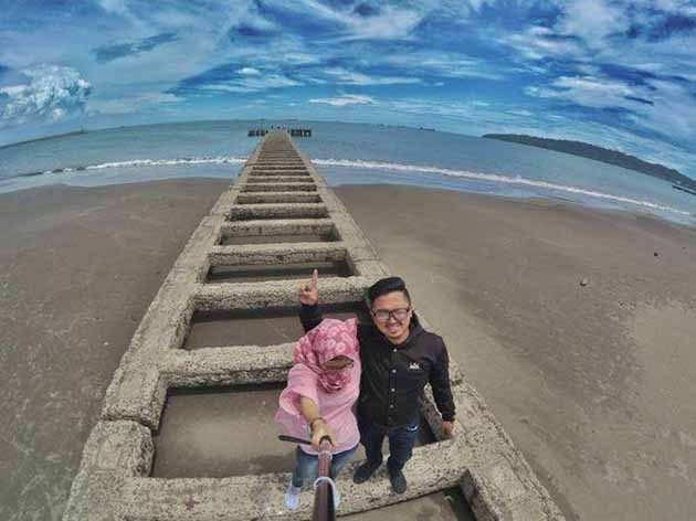 Pantai Teluk Penyu Cilacap 1