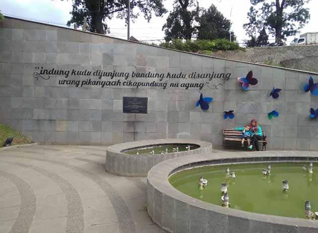 Harga Tiket Msuk dan Peta Lokasi Menuju Teras Cikapundung Bandung, Jam Berapa Buka? 1