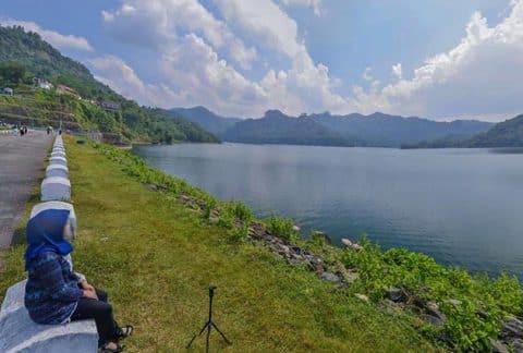 Foto Keindahan Waduk Sempor Alternatif Tempat Wisata Murah Kebumen 2