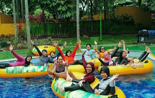 Wahana Jungle Water Adventure