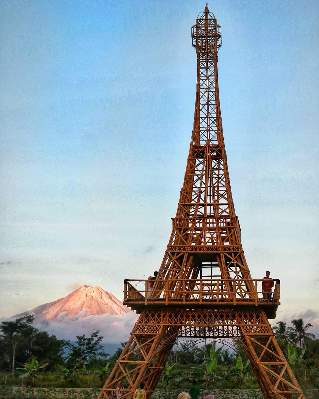 Wisata Papringan Menara Efel