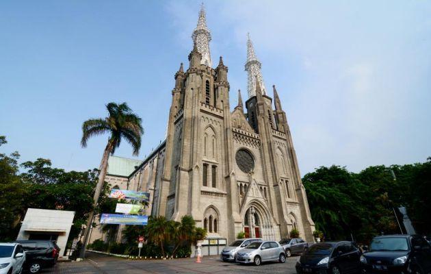 Sejarah Singkat Gereja Katedral Jakarta dan Peta Lokasi 8