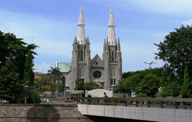 Sejarah Singkat Gereja Katedral Jakarta dan Peta Lokasi 7